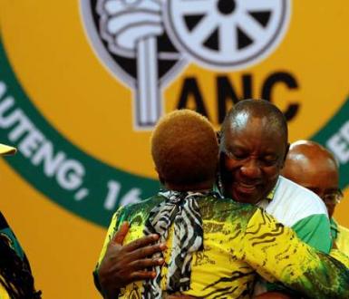 Cyril Ramaphosa a éte élu à la tête de l'African National Congress (ANC), le lundi 18 décembre 2017 à Johannesburg.