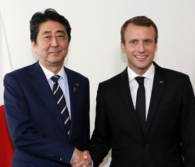 Emmanuel Macron and Shinzo Abe, September 2017