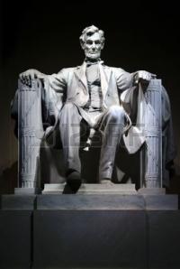 532040-lincoln-memorial-statue-close-up.jpg