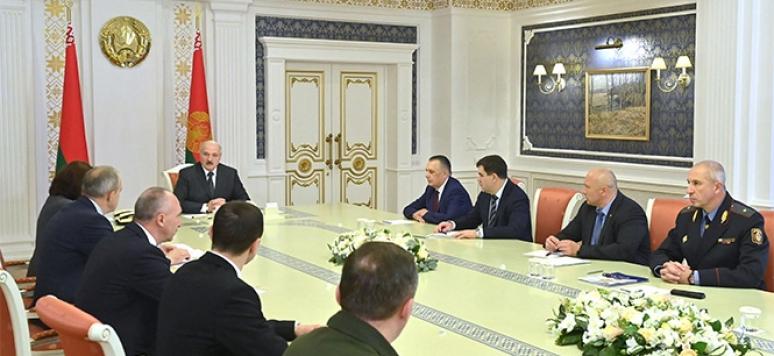 Réunion entre le président Loukachenko et le Conseil de sécurité biélorusse, sept. 2020,