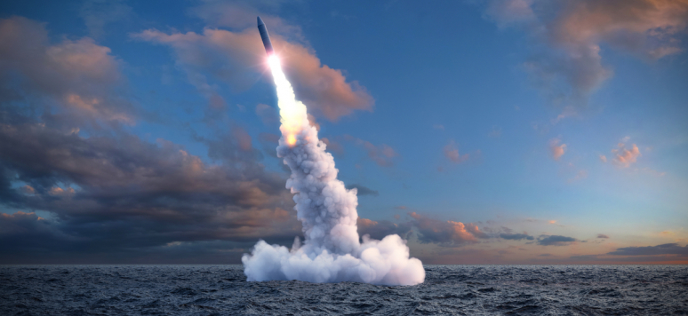 Le lancement d'un missile balistique depuis l'eau