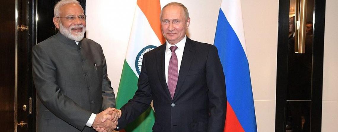 Vladimir Poutine and Narendra Modi