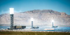 Concentrated Solar Thermal Plant in the California Mojave Desert, United States - Piotr Zajda