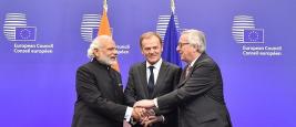 Shri Narendra Modi, Donald Tusk et Jean-Claude Juncker au sommet UE-Inde 2016 à Bruxelles, 30/03/2016