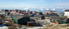Icebergs détachés du Glacier Ilulissat depuis la ville