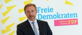 Le président du FDP Christian Lindner répond aux questions avant la réunion du groupe parlementaire à Berlin. 15 septembre 2021.