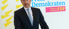 FDP-Chairman Christian Lindner answers questions before the faction meeting in Berlin. September 15, 2020