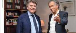 Le géopolitologue Thierry deMontbrial et le philosophe Bernard-Henri Lévy : deux visions des relations internationales.