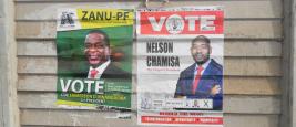 Affiches de campagne électorale d'Emmerson Mnangagwa et de Nelson Chamisa