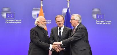 Shri Narendra Modi Donald Tusk and Jean-Claude Juncker, at the EU-INDIA Summit, in Brussels, Belgium, 30/03/2016