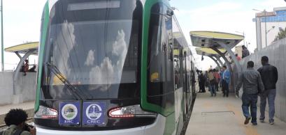 addis_ababa_light_rail_vehicle_march_2015.jpg