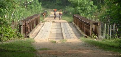 Un pont en Ituri